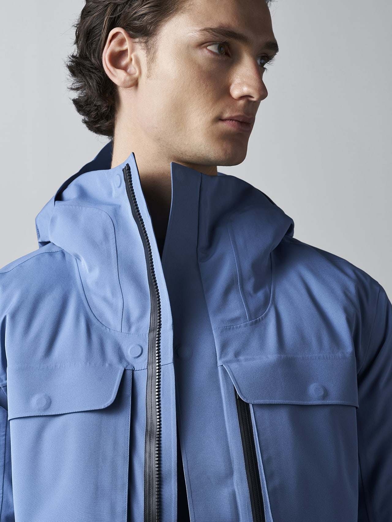 KOOV V6.Y5.02 Packable and Waterproof Winter Parka light blue Right Alpha Tauri