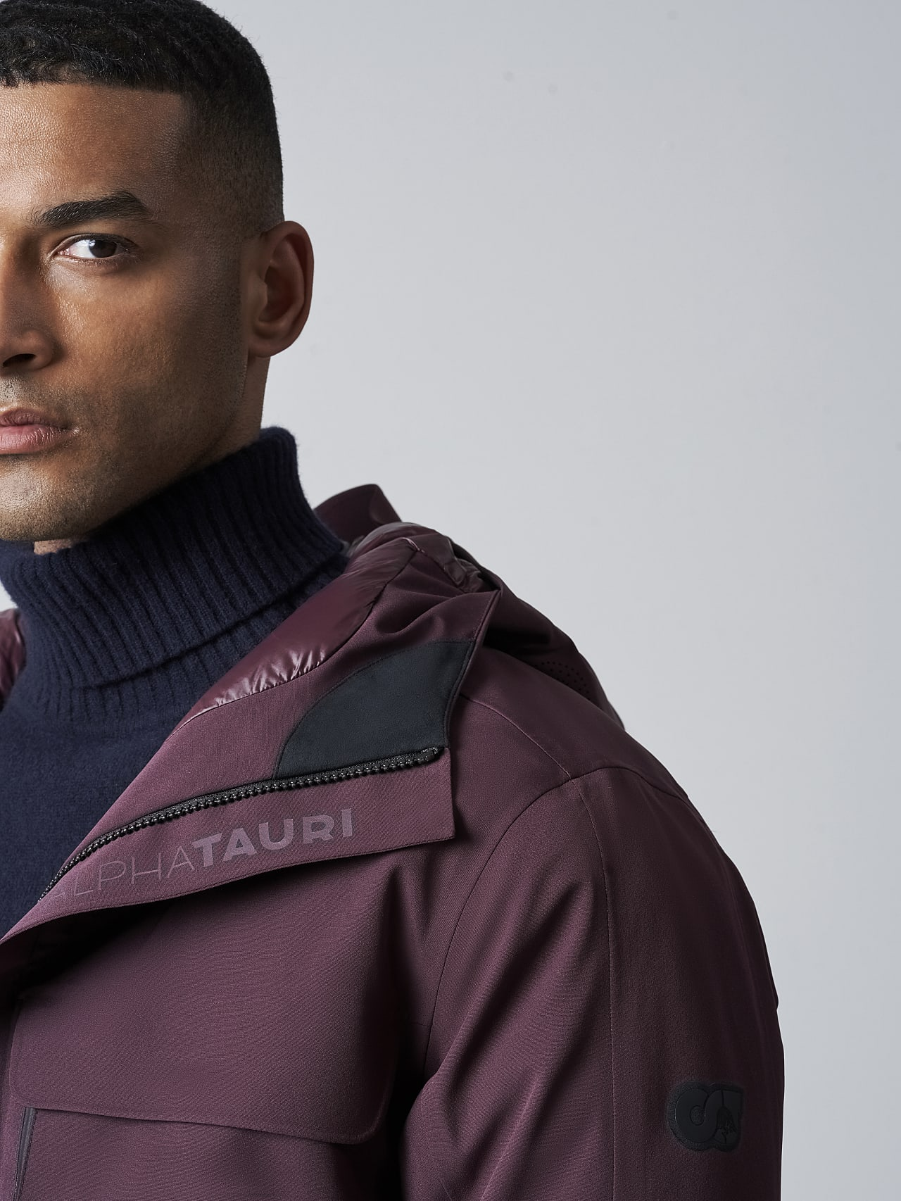 KOOV V6.Y5.02 Packable and Waterproof Winter Parka Burgundy Right Alpha Tauri
