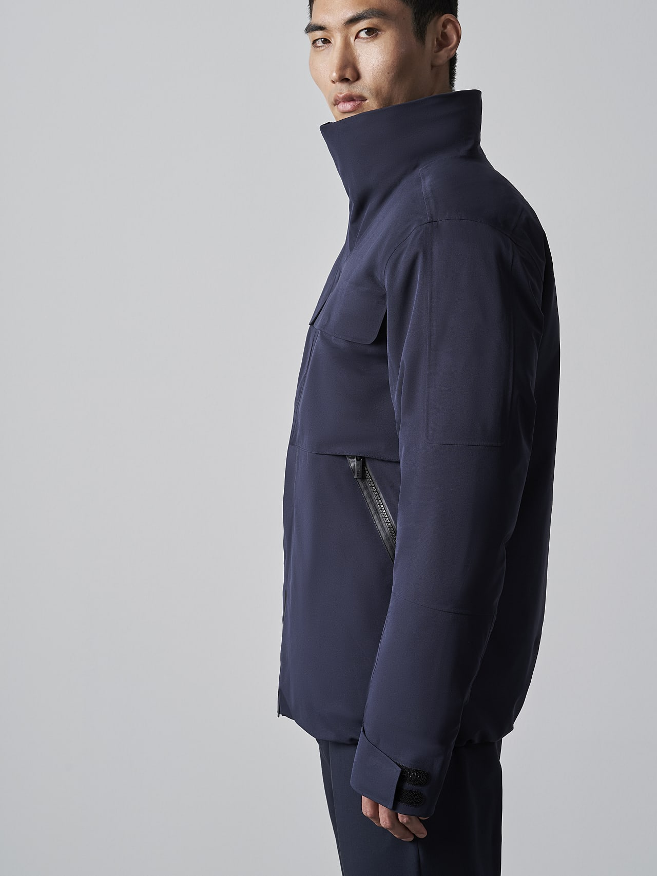 OKOVO V4.Y5.02 Packable and Waterproof Winter Jacket navy scene7.view.10.name Alpha Tauri