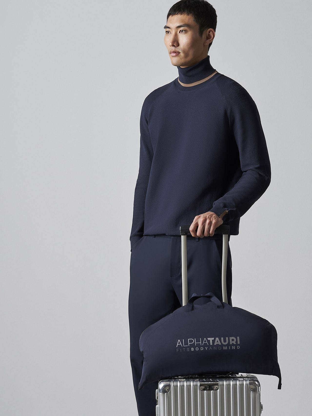 OKOVO V4.Y5.02 Packable and Waterproof Winter Jacket navy scene7.view.11.name Alpha Tauri