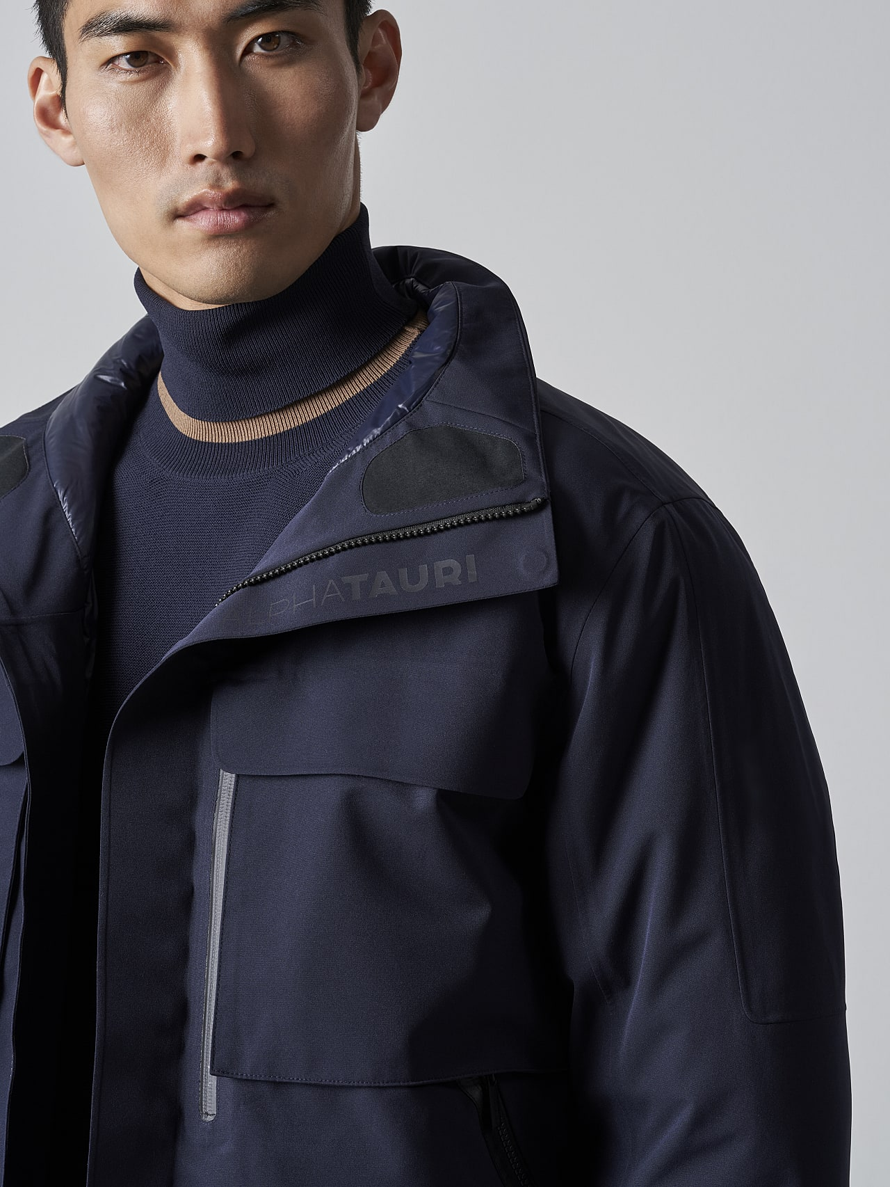 OKOVO V4.Y5.02 Packable and Waterproof Winter Jacket navy Right Alpha Tauri