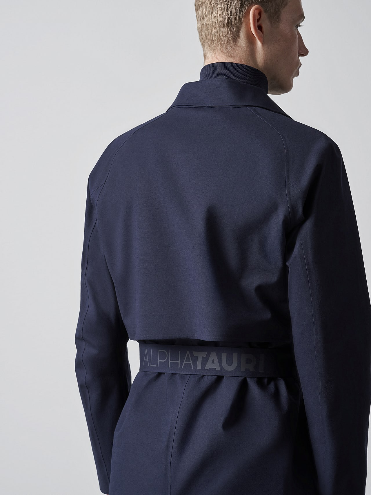 OMANA V1.Y5.02 Packable and Waterproof Trench Coat navy Extra Alpha Tauri