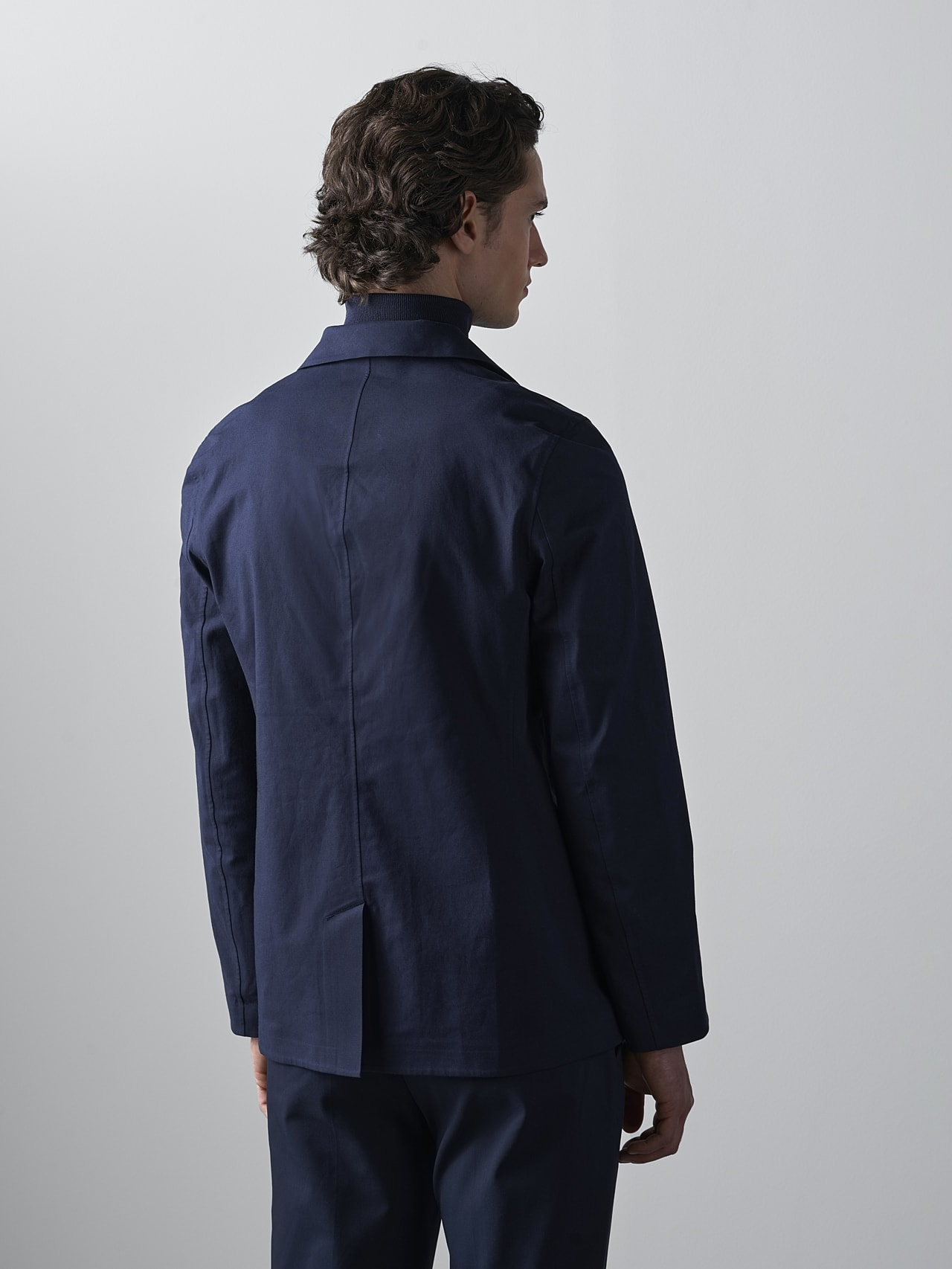 OBOSS V3.Y5.02 Packable and Waterproof Blazer navy Front Main Alpha Tauri