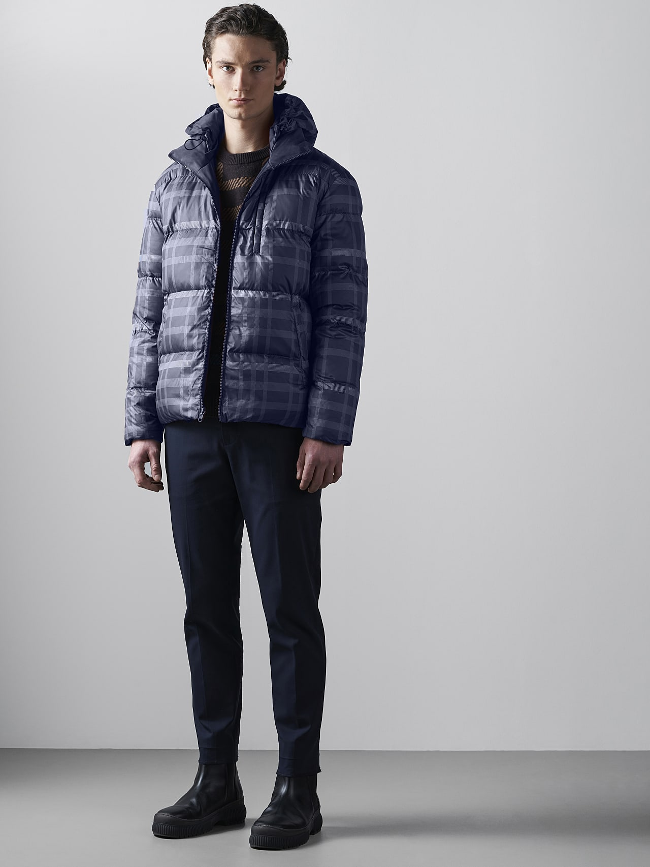 OTACE V1.Y5.02 Reversible 2-in-1 Puffer Jacket navy Front Alpha Tauri