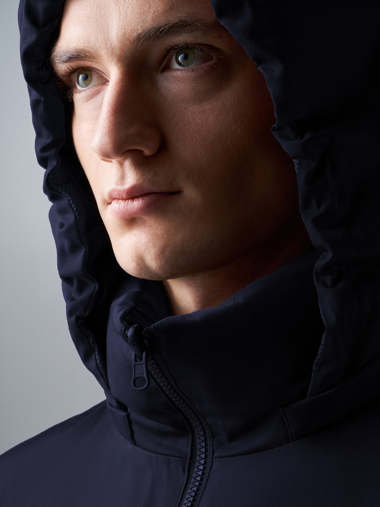 OTACE V1.Y5.02 Reversible 2-in-1 Puffer Jacket navy scene7.view.8.name Alpha Tauri
