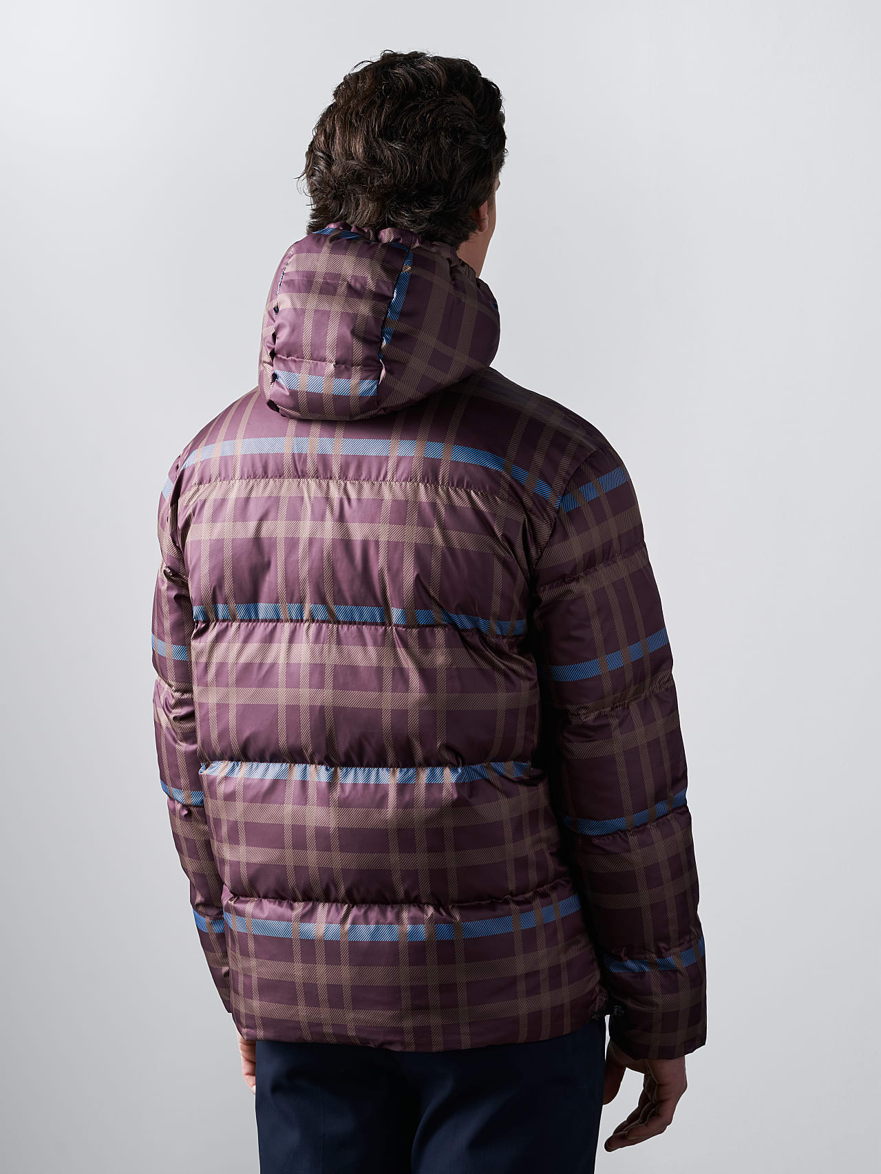OTACE V1.Y5.02 Reversible 2-in-1 Puffer Jacket bordeaux Front Main Alpha Tauri