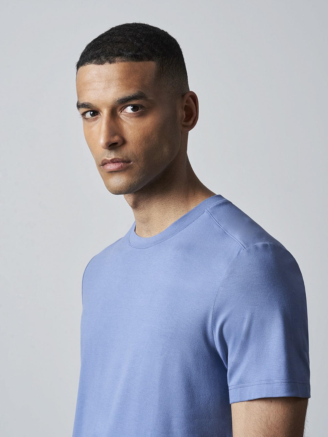 JANUE V1.Y5.02 Viscose T-Shirt light blue Right Alpha Tauri