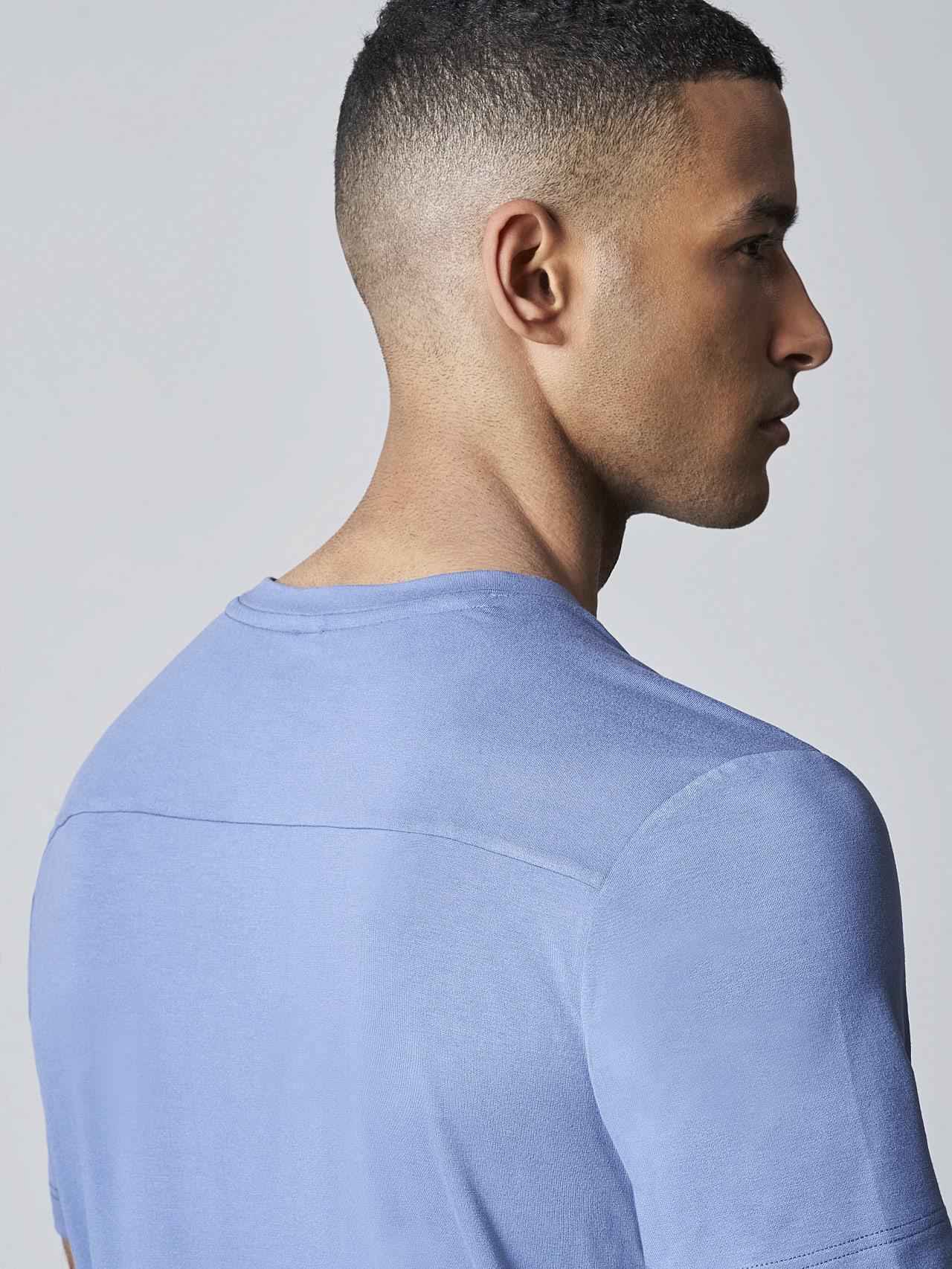 JANUE V1.Y5.02 Viscose T-Shirt light blue Extra Alpha Tauri