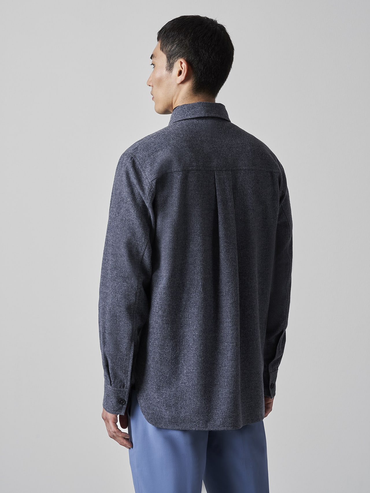 WOVER V1.Y5.02 Wool Over-Shirt navy Front Main Alpha Tauri