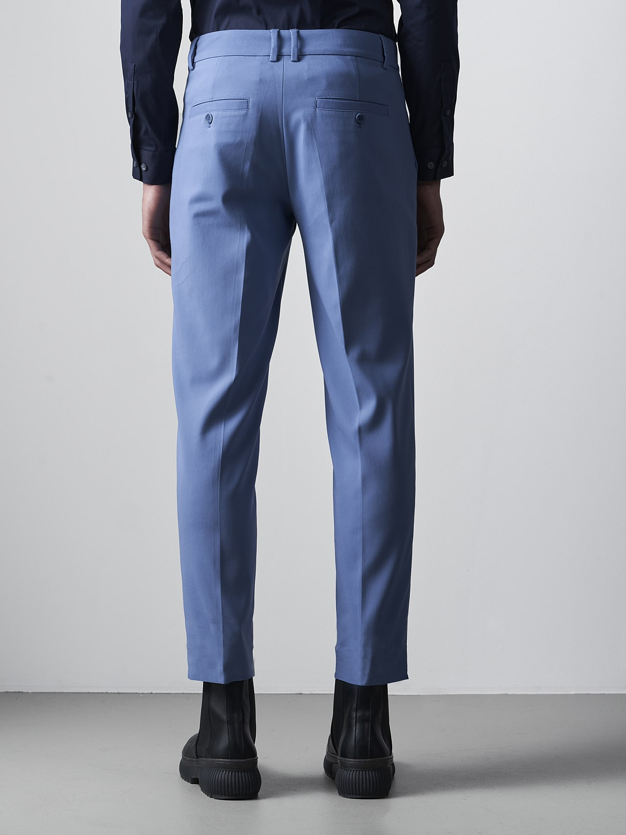 PELAN V1.Y5.02 Tapered Pants with Pleats light blue Front Main Alpha Tauri