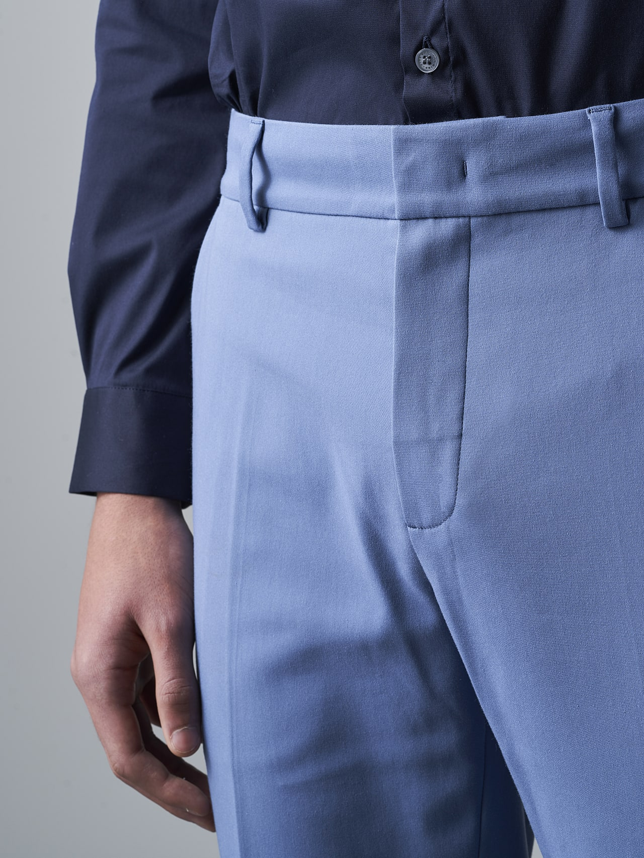 PELAN V1.Y5.02 Tapered Pants with Pleats light blue Right Alpha Tauri