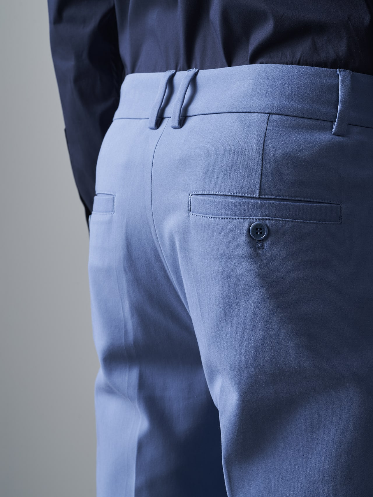 PELAN V1.Y5.02 Tapered Pants with Pleats light blue Extra Alpha Tauri