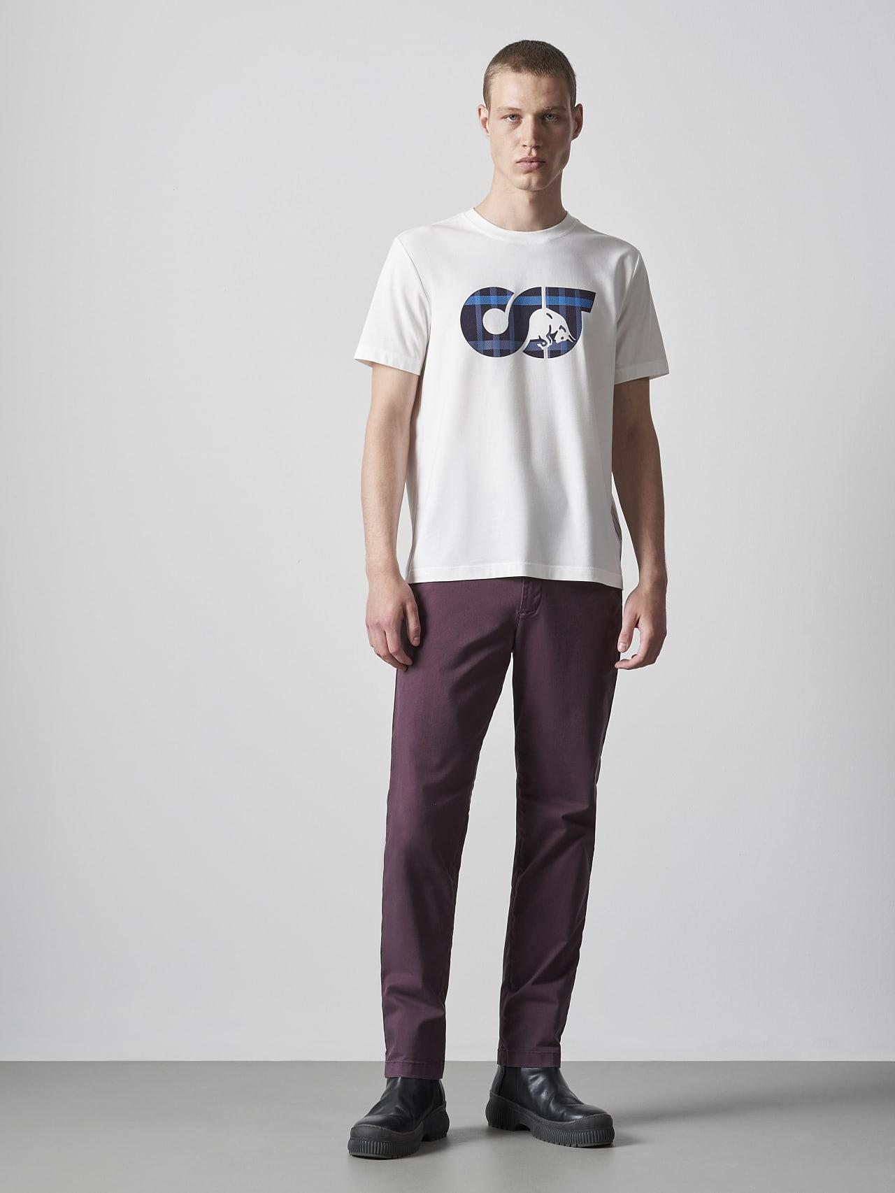 PARO V5.Y5.02 Straight Cut Cotton Chino Burgundy Front Alpha Tauri