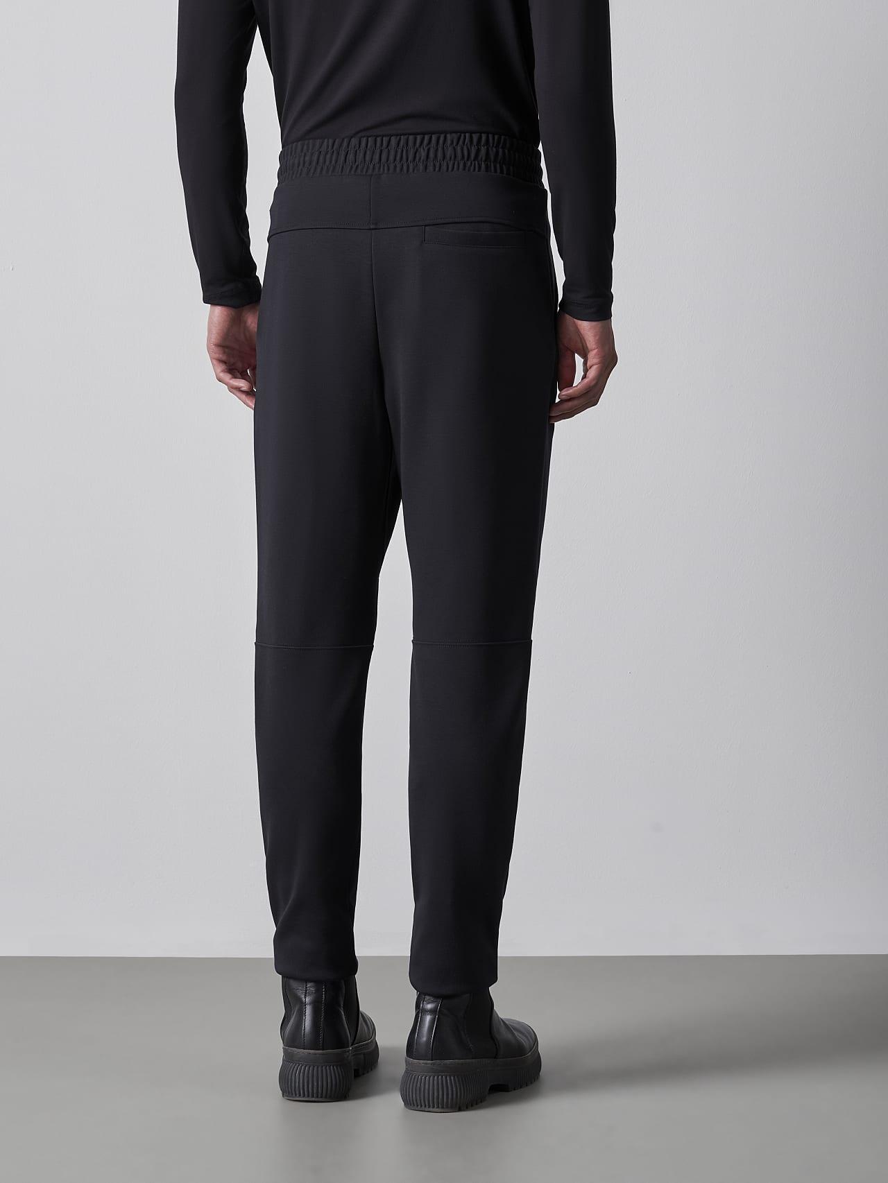 PRYK V7.Y5.02 Premium Sweatpants black Front Main Alpha Tauri