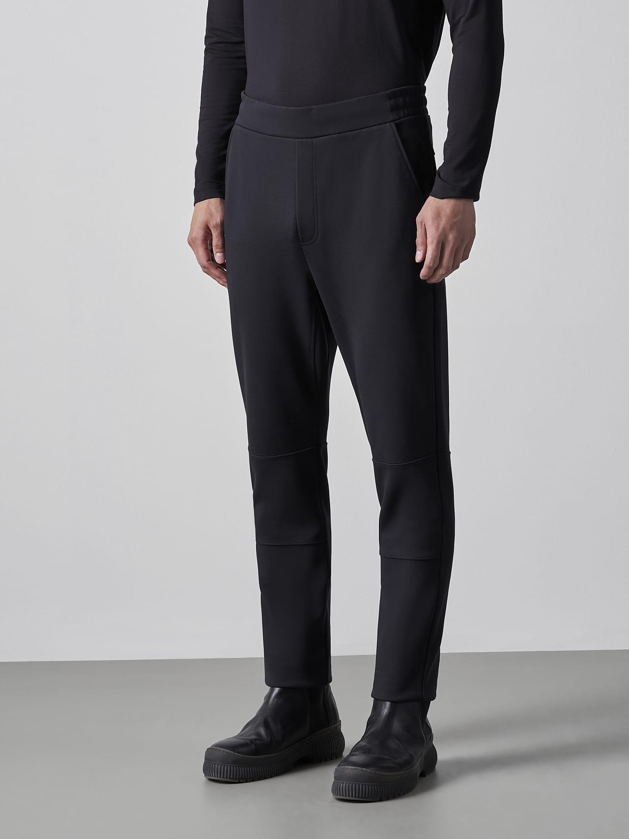 PRYK V7.Y5.02 Premium Sweatpants black Front Alpha Tauri
