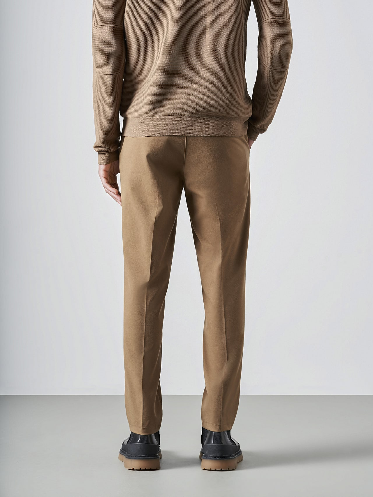 PANZA V1.Y5.02 Slim Pleat Trousers gold Front Main Alpha Tauri