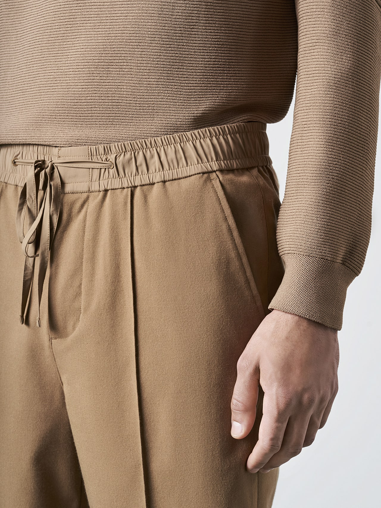 PANZA V1.Y5.02 Slim Pleat Trousers gold Right Alpha Tauri