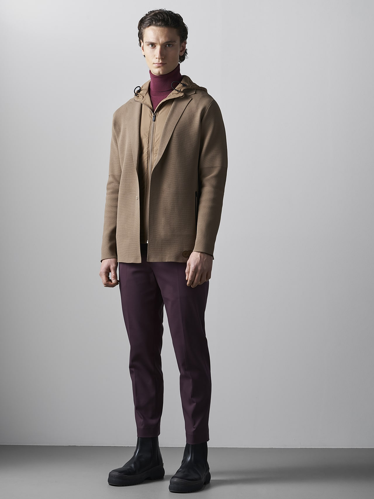 FELIP V1.Y5.02 Water-Repellent Knit Blazer gold Front Alpha Tauri
