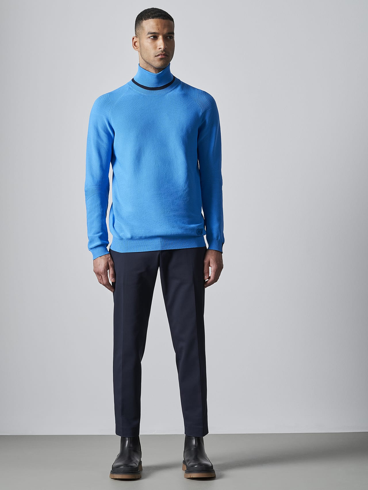FUZZO V1.Y5.02 Seamless 3D Knit Roll-Neck Jumper blue Front Alpha Tauri