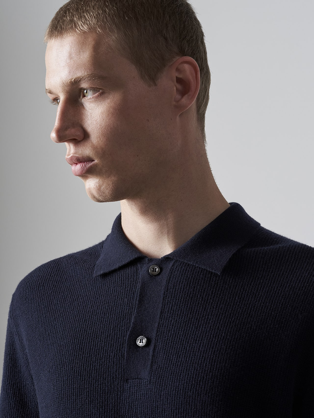 FORCE V1.Y5.02 Cashmere-Blend Knit Polo Longsleeve navy Right Alpha Tauri