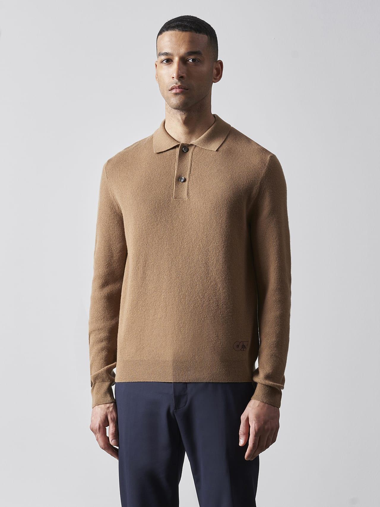 FORCE V1.Y5.02 Cashmere-Blend Knit Polo Longsleeve gold Model shot Alpha Tauri