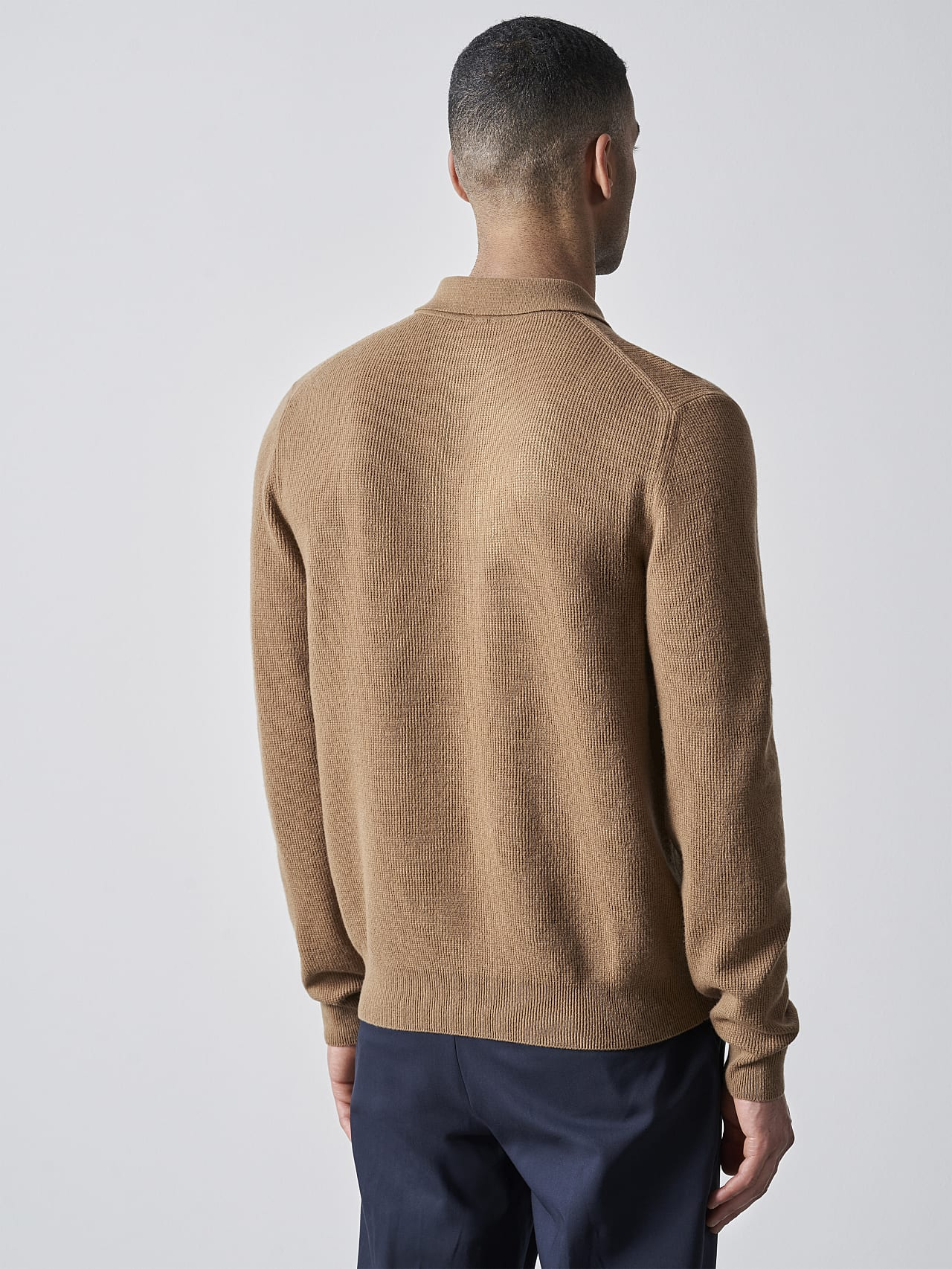 FORCE V1.Y5.02 Cashmere-Blend Knit Polo Longsleeve gold Front Main Alpha Tauri