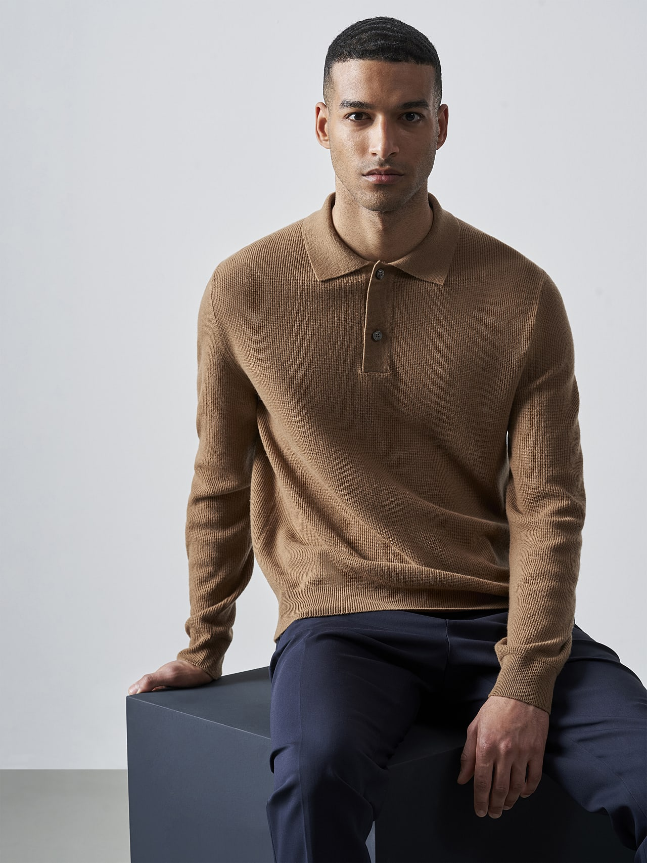 FORCE V1.Y5.02 Cashmere-Blend Knit Polo Longsleeve gold Extra Alpha Tauri
