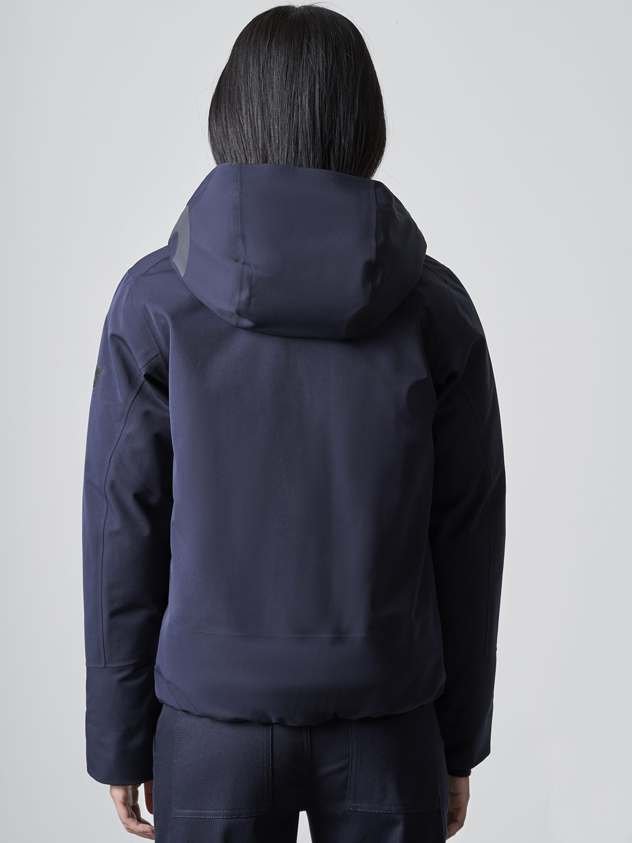 ONUVO V1.Y5.02 Packable Waterproof Jacket navy Front Main Alpha Tauri