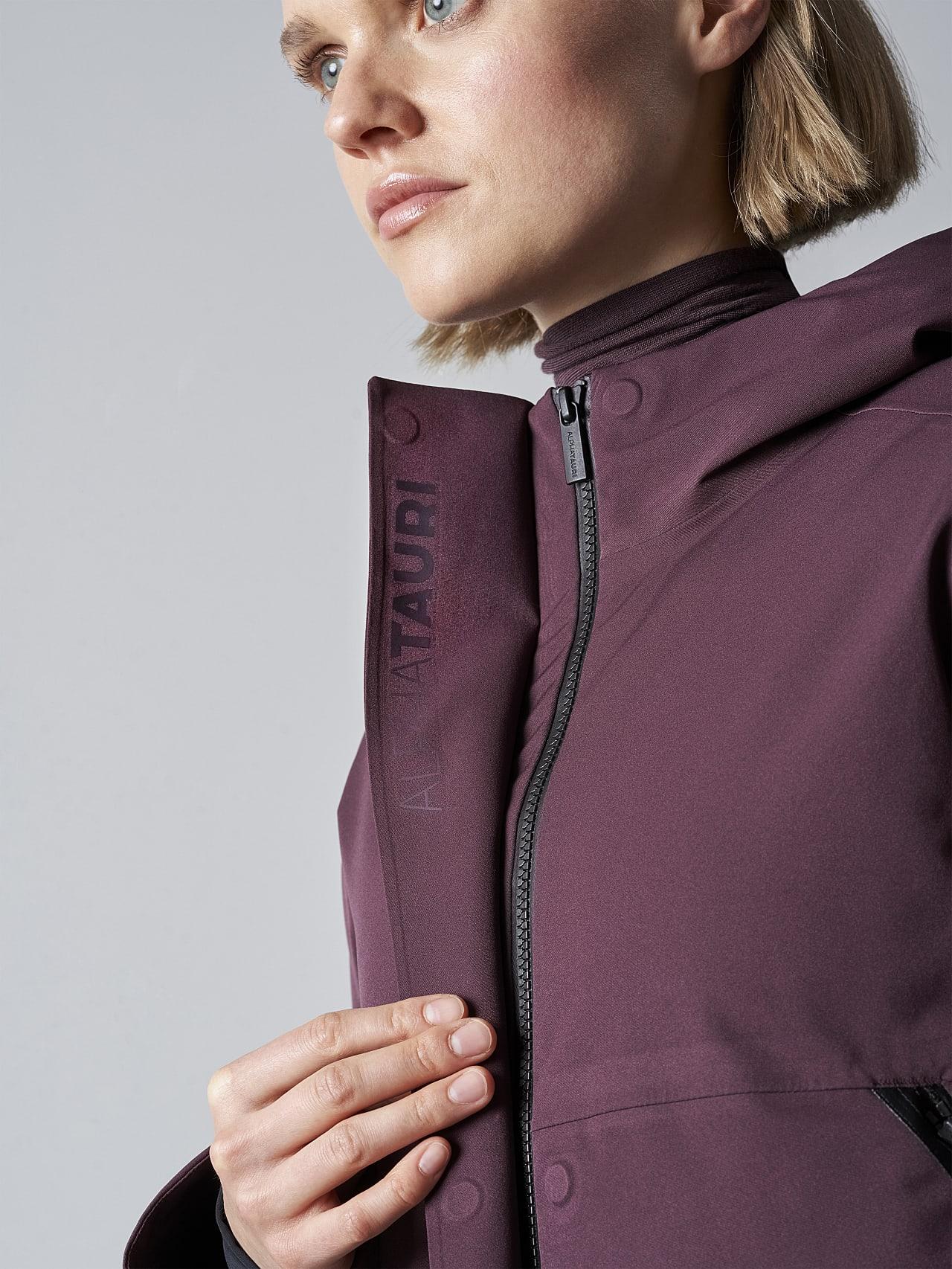 ONUVO V1.Y5.02 Packable Waterproof Jacket Burgundy scene7.view.8.name Alpha Tauri