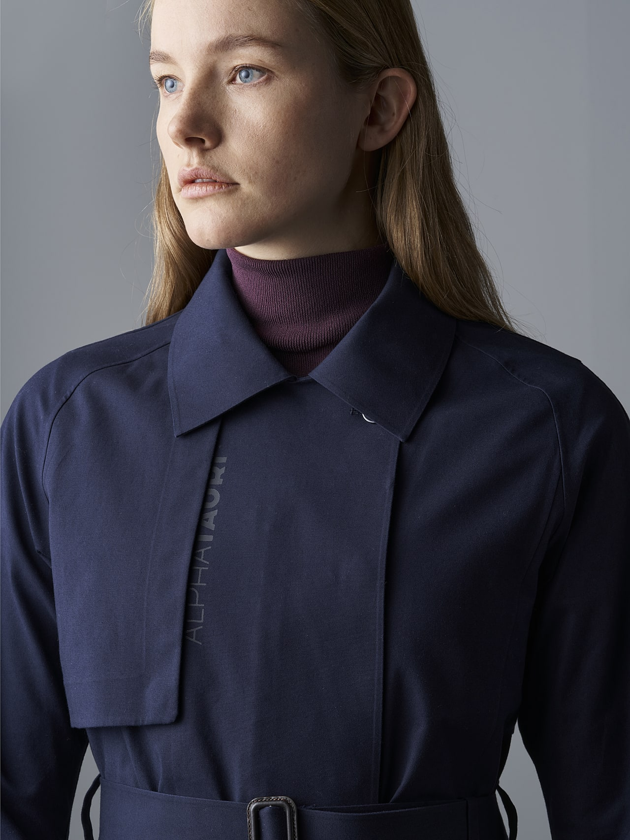 OMANI V1.Y5.02 Packable and Waterproof Trench Coat navy scene7.view.9.name Alpha Tauri