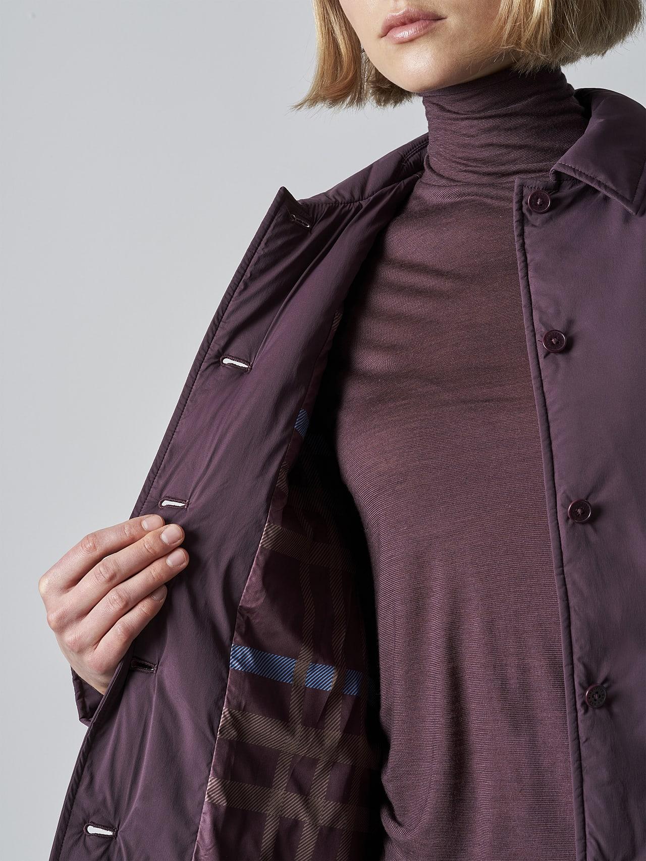 OSHEN V1.Y5.02 PrimaLoft® Overshirt Jacket Burgundy scene7.view.8.name Alpha Tauri