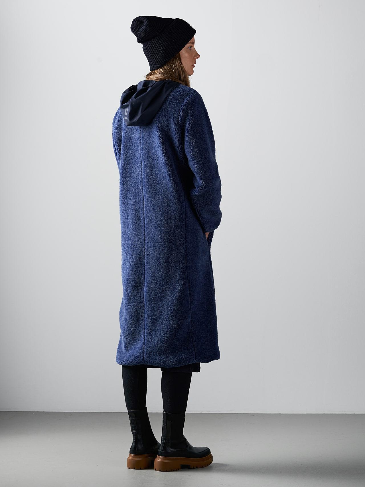 OMANE V1.Y5.02 Reversible Pile Wool Maxi Coat light blue Front Main Alpha Tauri