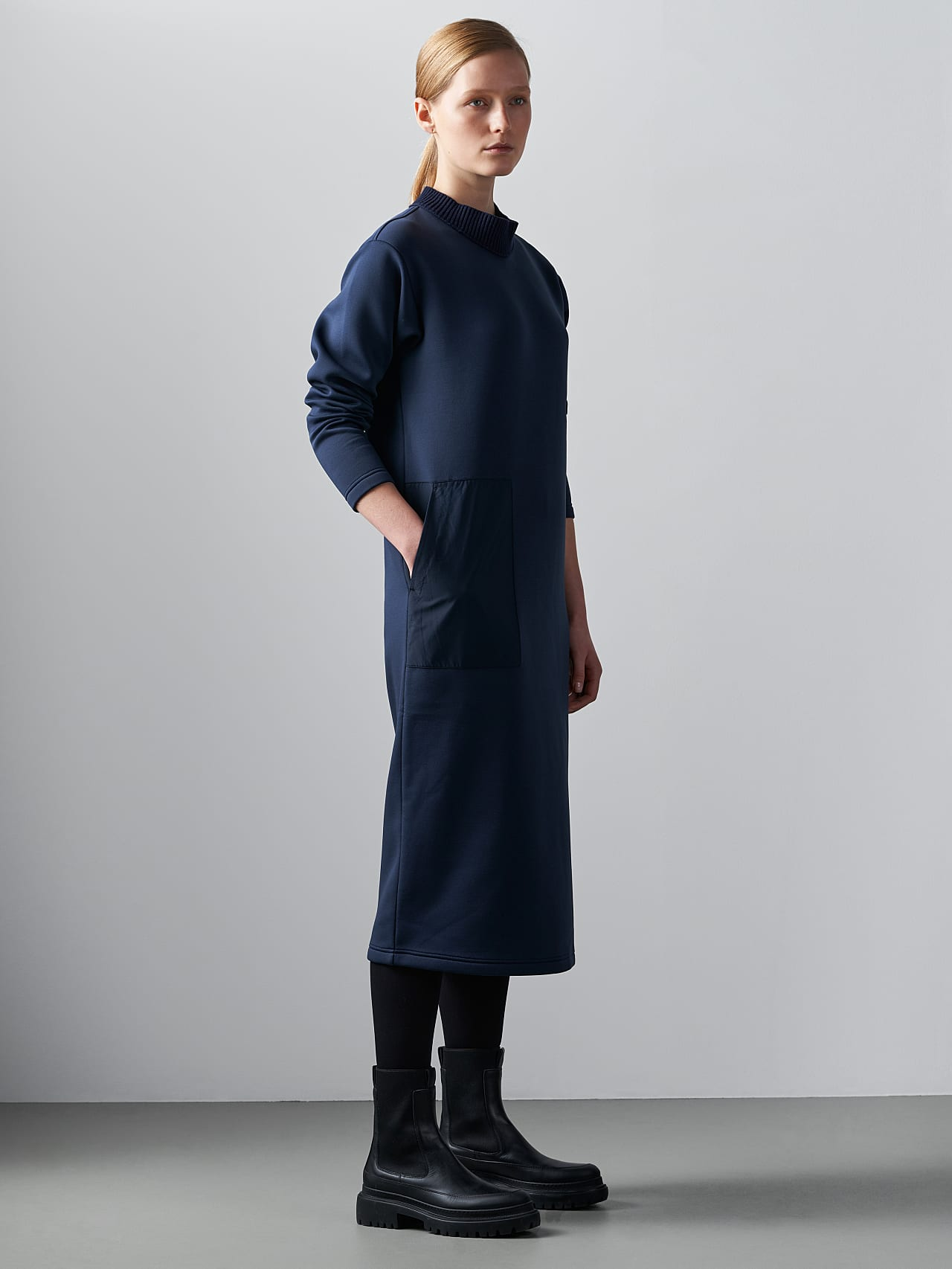 SINLE V1.Y5.02 Technical Spacer Maxi Dress navy Front Alpha Tauri