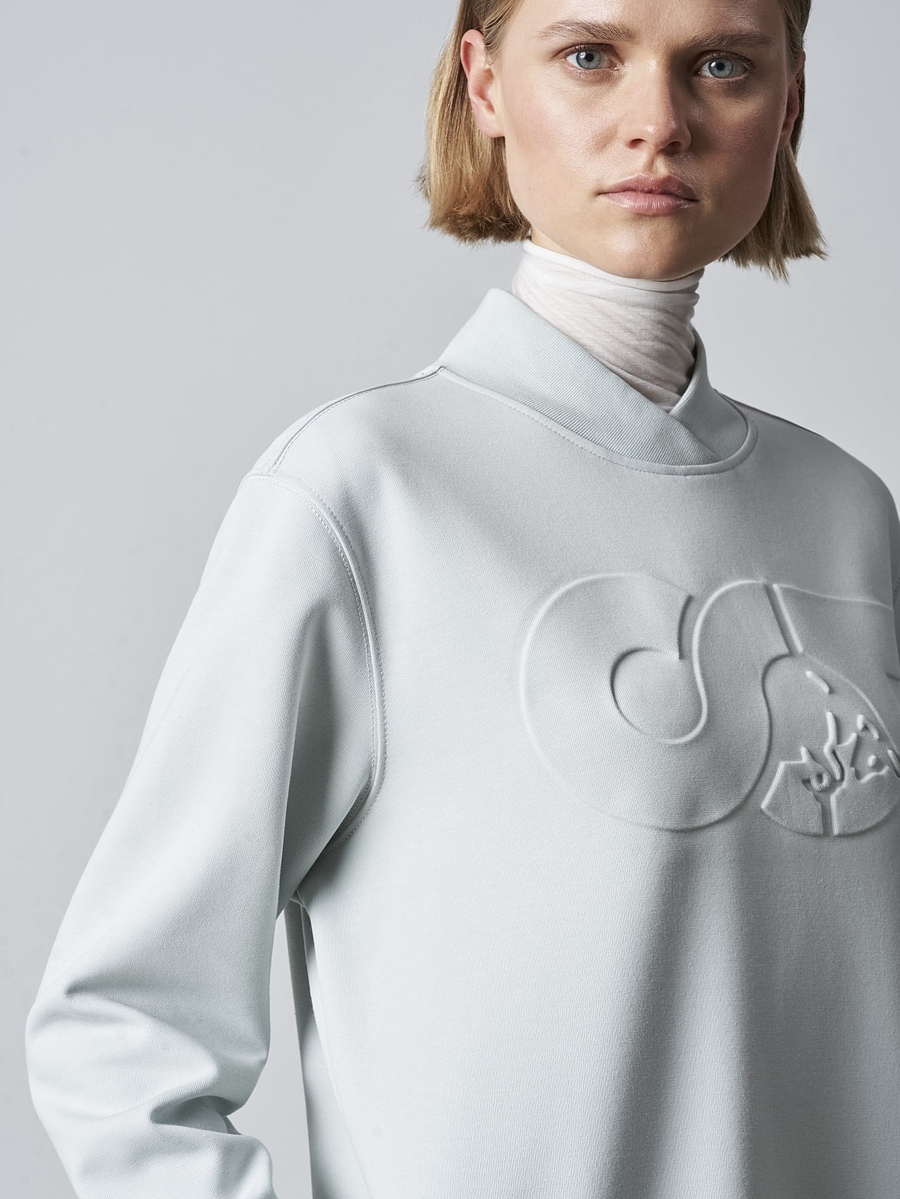 STAR V3.Y5.02 Premium Logo Sweater Dress Pale Blue  Right Alpha Tauri