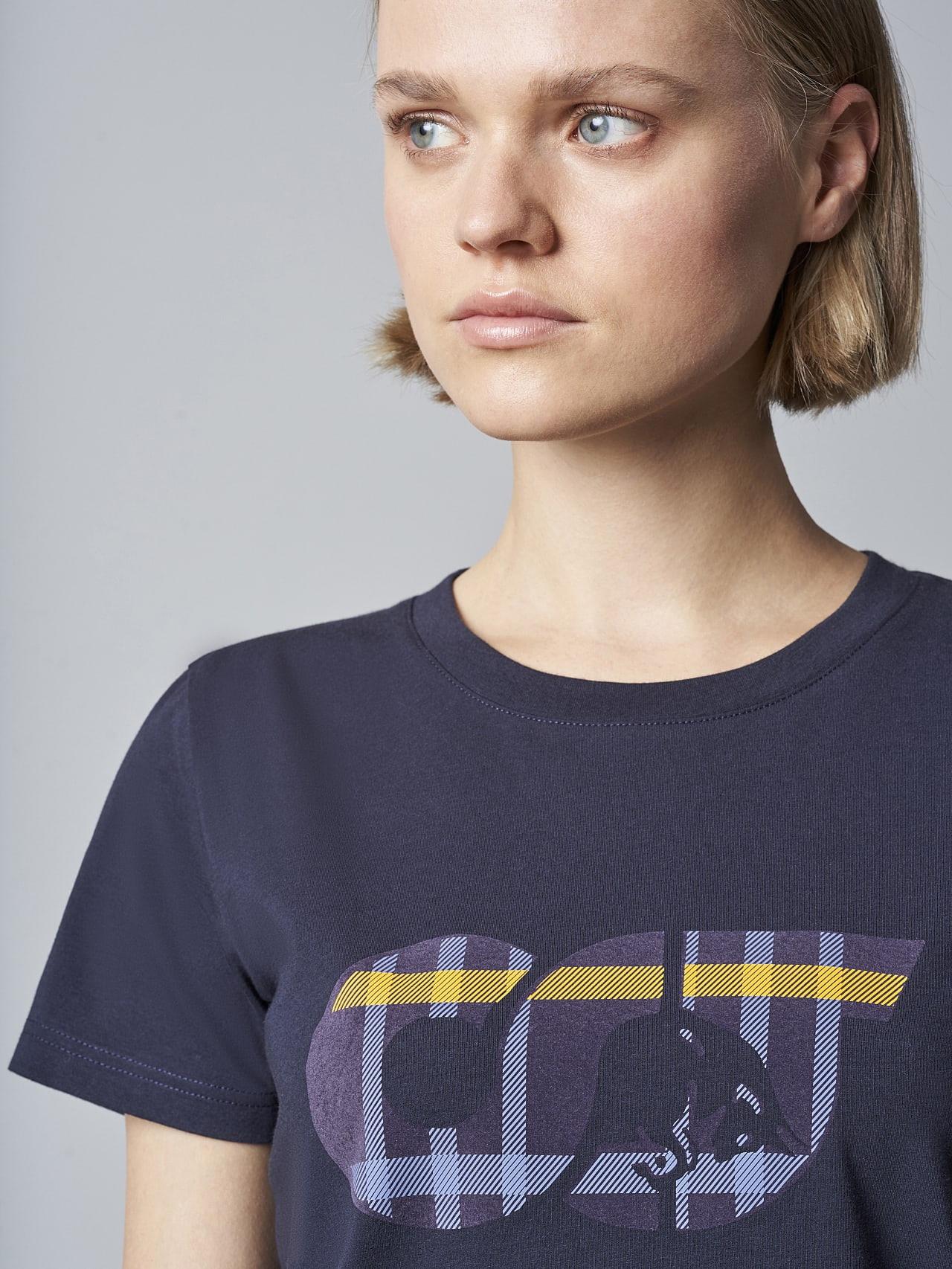 JANPA V1.Y5.02 Logo Print T-Shirt navy Right Alpha Tauri