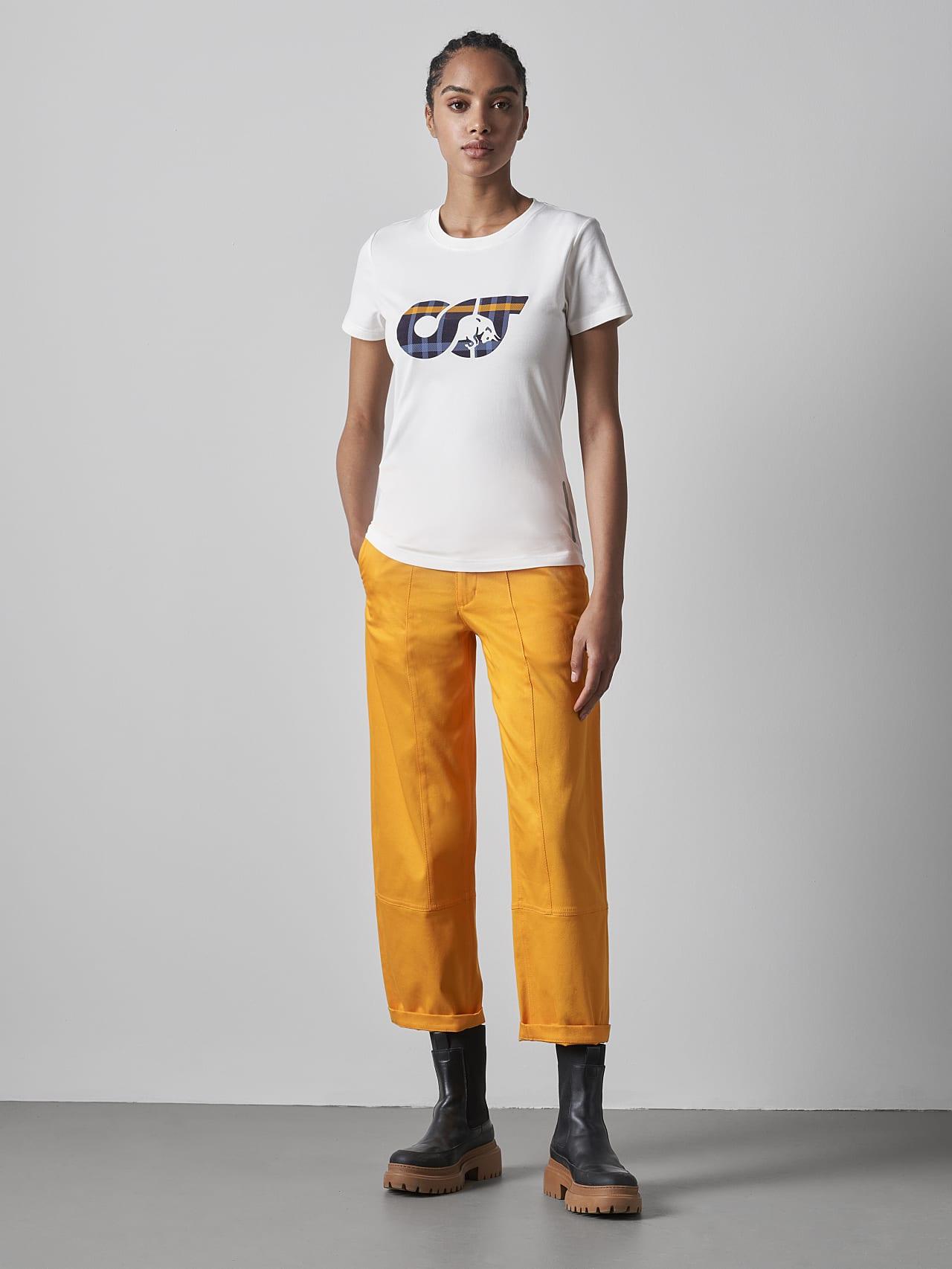 JANPA V1.Y5.02 Logo Print T-Shirt offwhite Front Alpha Tauri