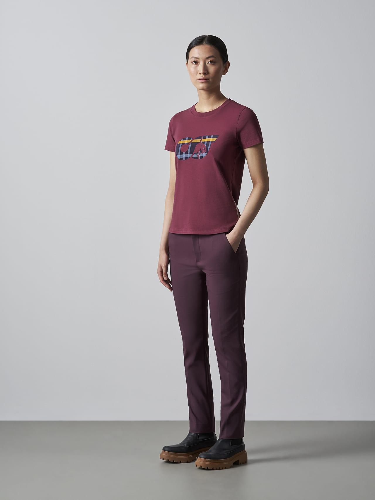JANPA V1.Y5.02 Logo Print T-Shirt bordeaux Front Alpha Tauri