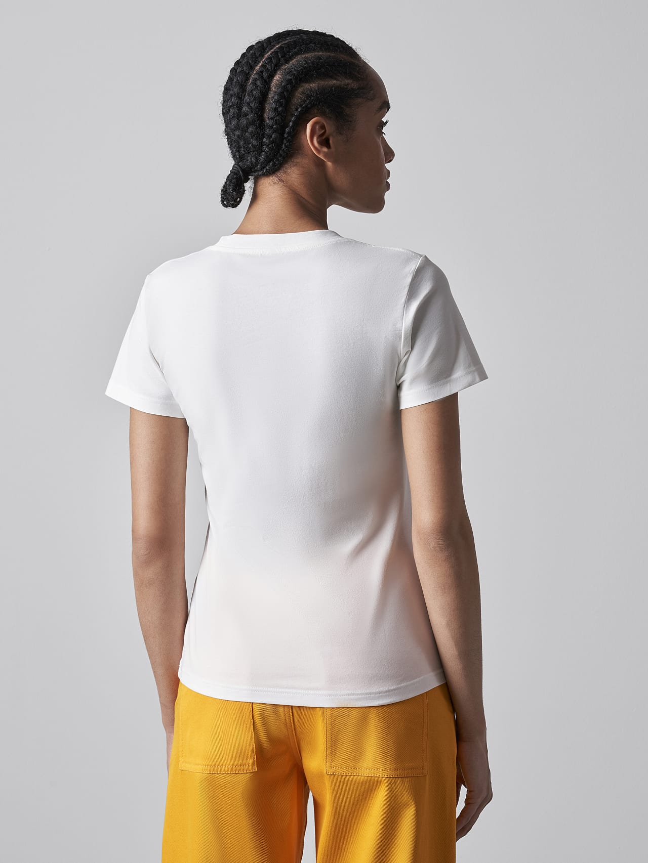 JOCTI V3.Y5.02 Logo T-Shirt offwhite Front Main Alpha Tauri