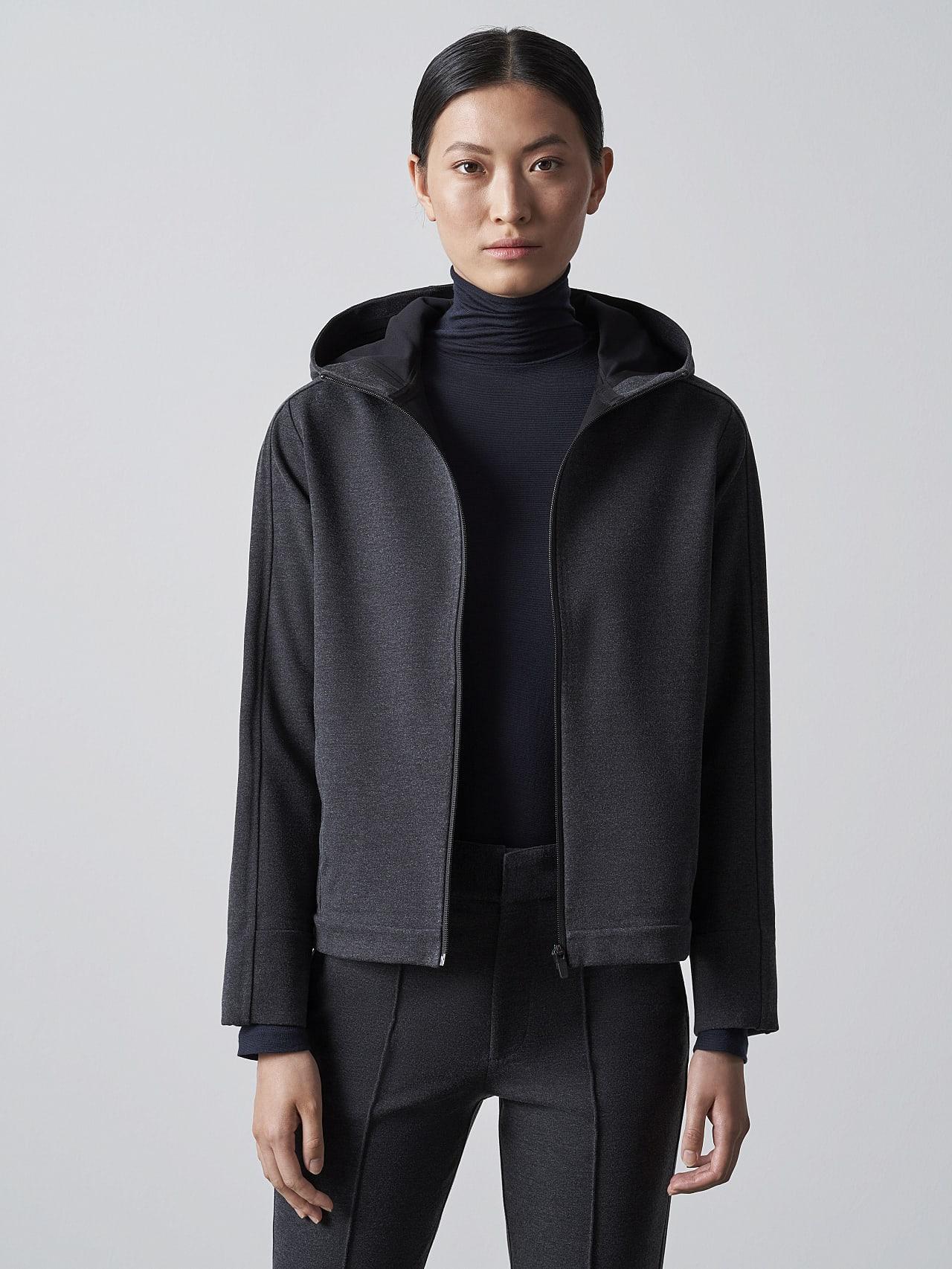 SINNO V2.Y5.02 Waterproof Hooded Jacket dark grey / anthracite Model shot Alpha Tauri