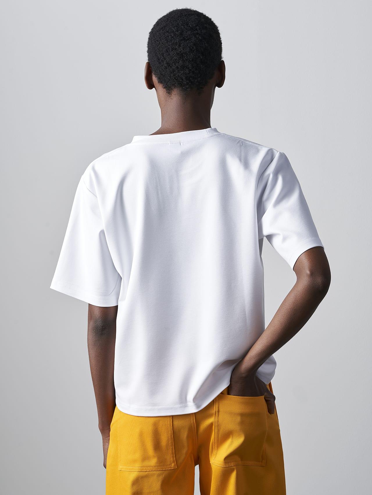 JASHU V1.Y5.02 Heavy-Weight Logo T-Shirt white scene7.view.9.name Alpha Tauri