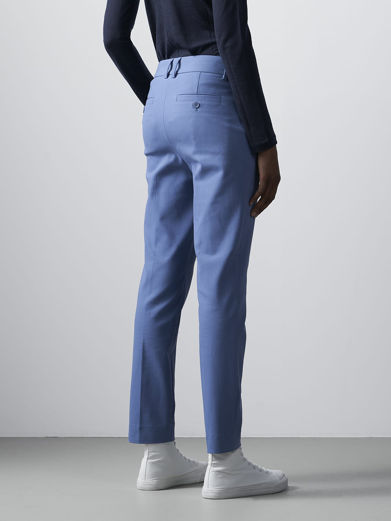 PERTI V1.Y5.02 Slim-Fit Tapered Pants light blue Front Main Alpha Tauri