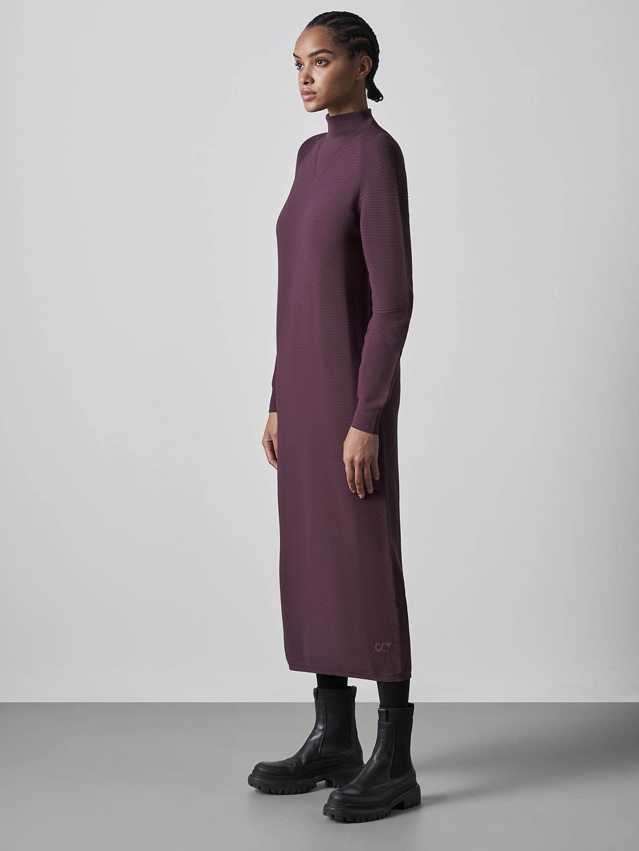 FOXEE V1.Y5.02 Seamless 3D Knit Mock-Neck Dress Burgundy Front Alpha Tauri