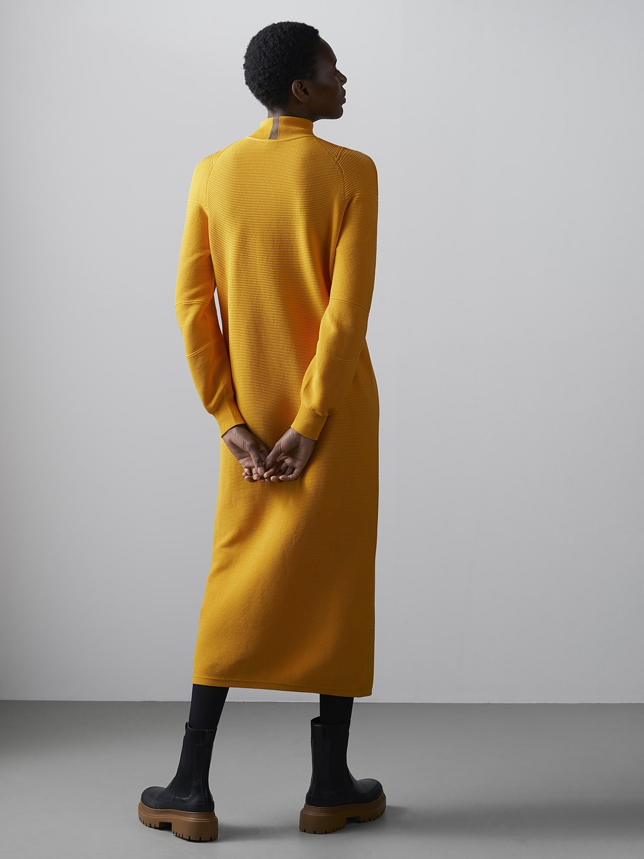 FOXEE V1.Y5.02 Seamless 3D Knit Mock-Neck Dress yellow Front Main Alpha Tauri