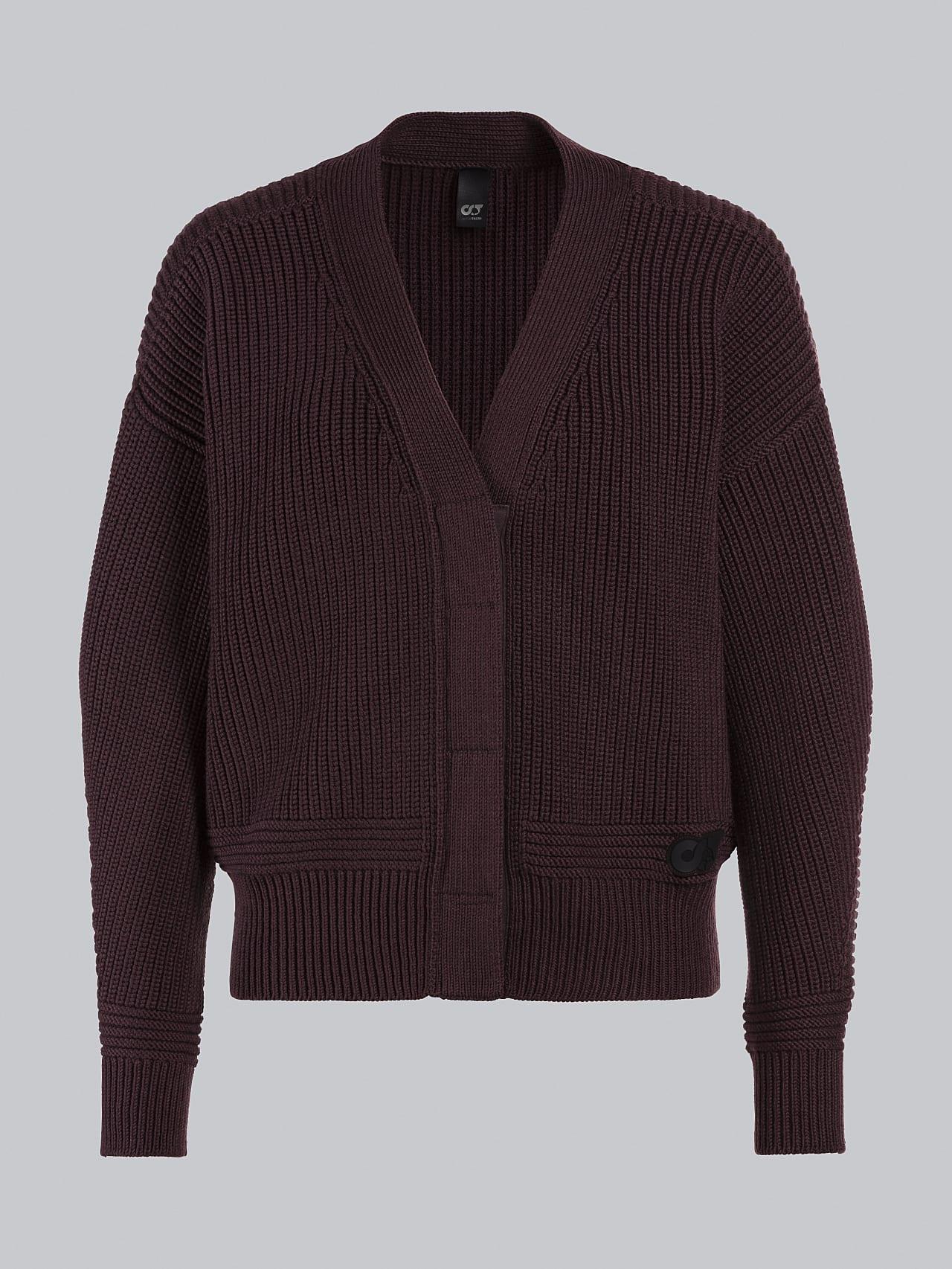 FREDA V1.Y5.02 Chunky Merino Wool Cardigan Burgundy Back Alpha Tauri