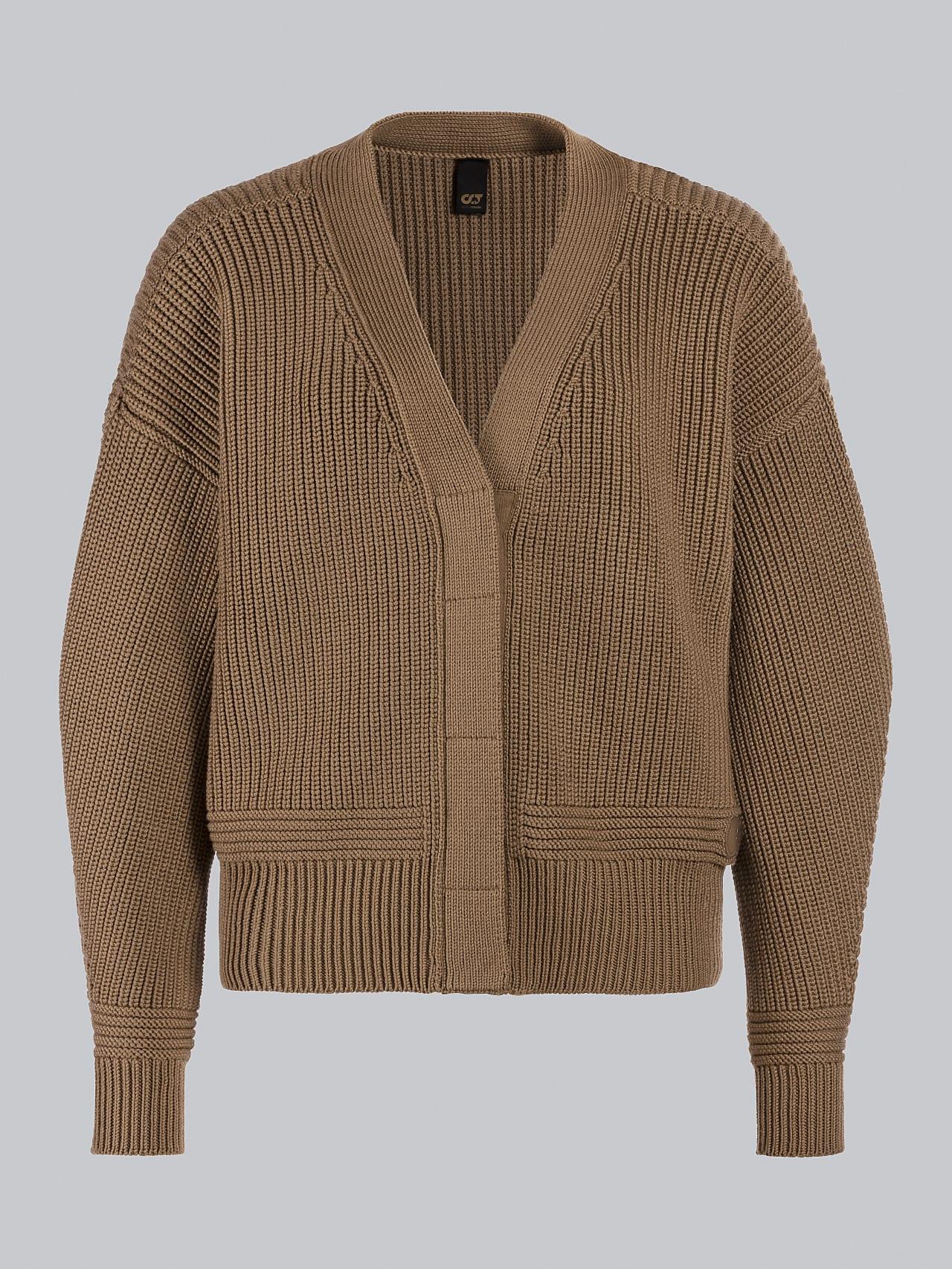 FREDA V1.Y5.02 Chunky Merino Wool Cardigan gold Back Alpha Tauri