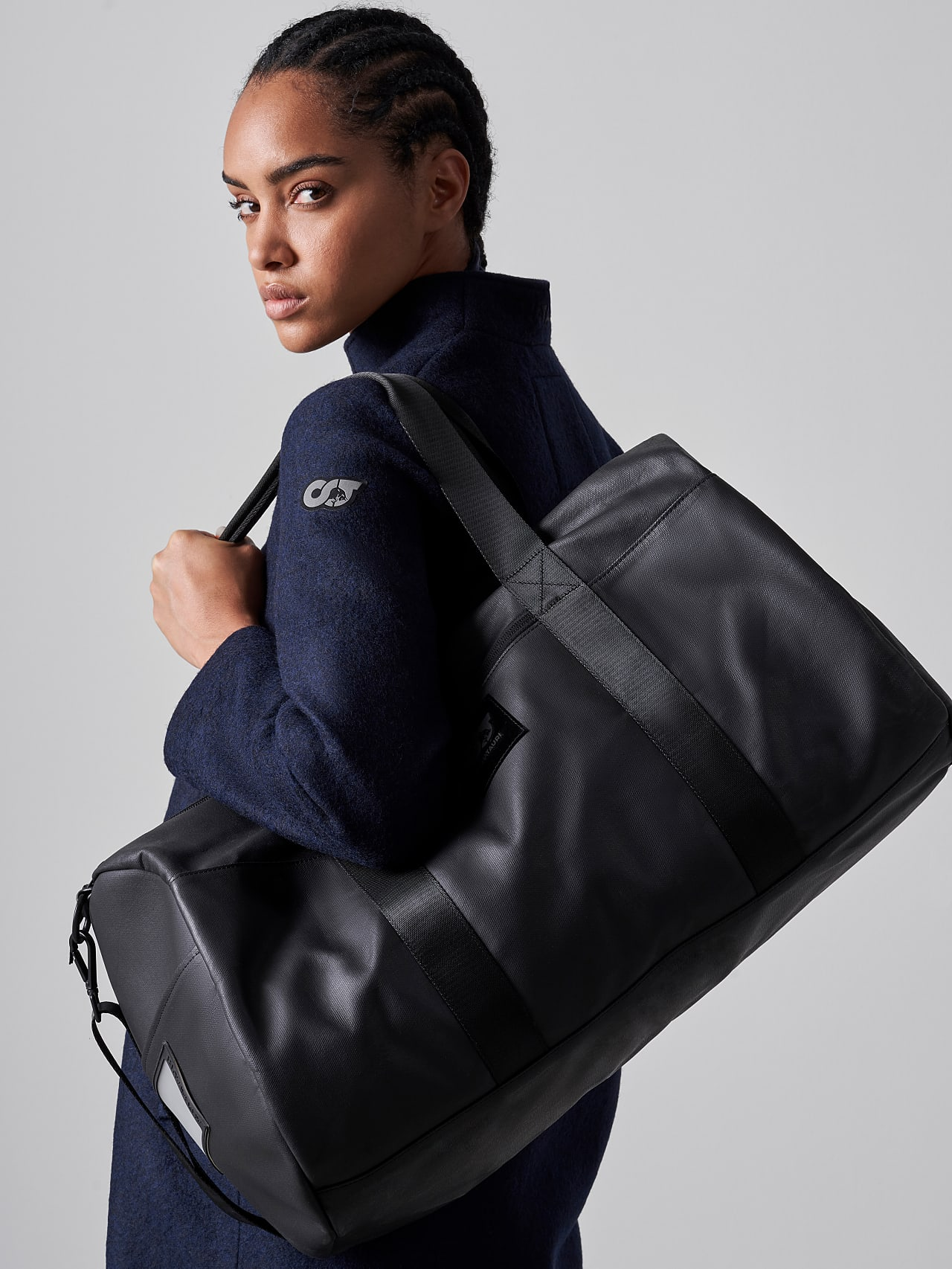AWEE V4.Y5.02 Water-Repellent Duffle Bag dark grey / anthracite Right Alpha Tauri