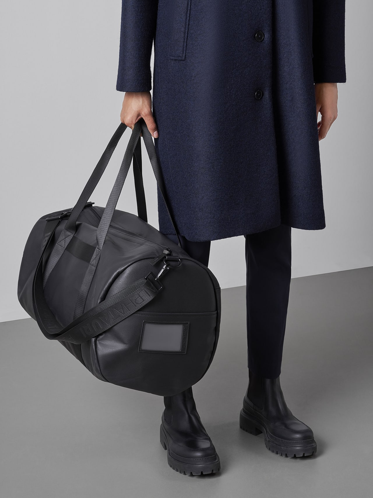 AWEE V4.Y5.02 Water-Repellent Duffle Bag dark grey / anthracite Extra Alpha Tauri