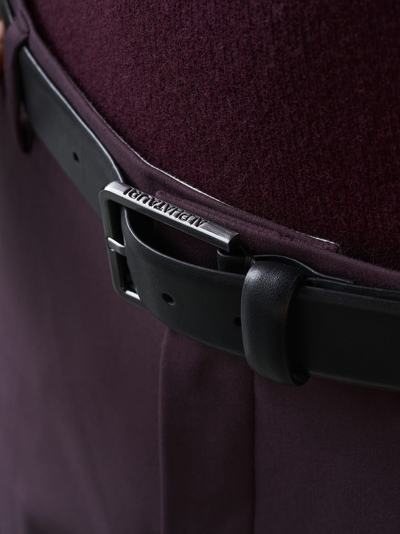 AGOS V1.Y5.02 Leather Belt navy Front Alpha Tauri