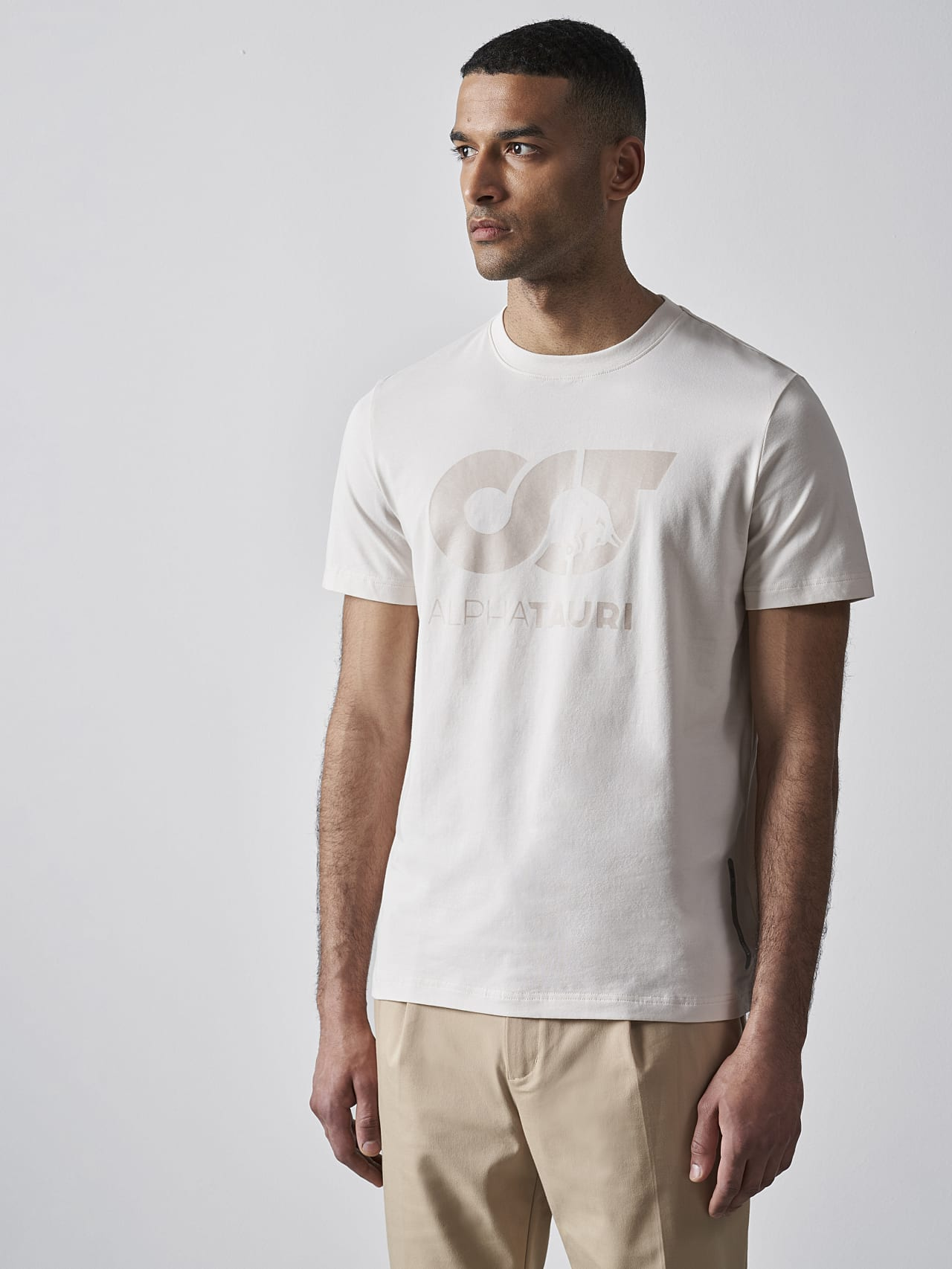 JERO V2.Y4.02 Signature Logo T-Shirt Sand Model shot Alpha Tauri