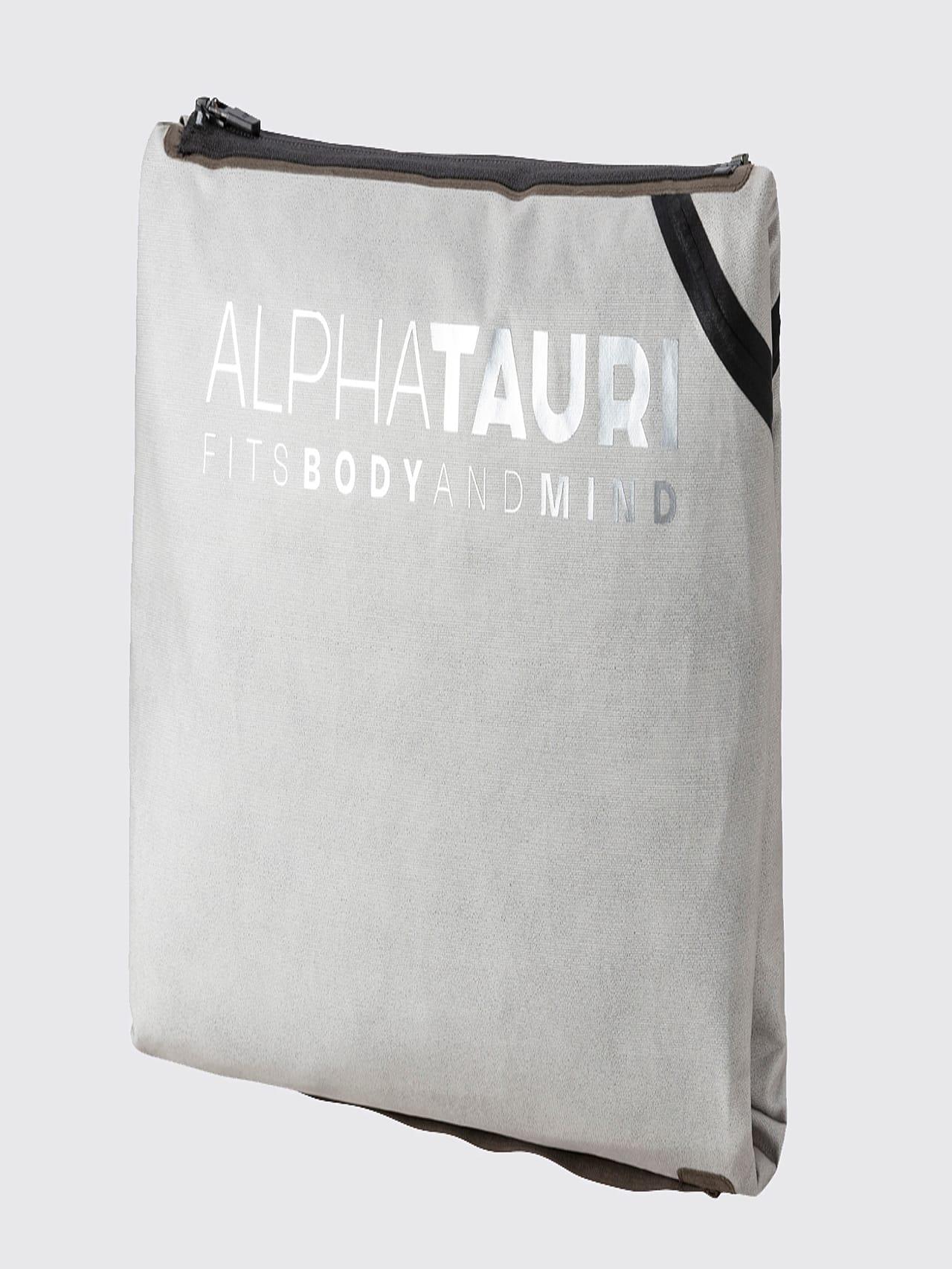 OKOVO V3.Y5.01 Packable Waterproof Jacket olive scene7.view.9.name Alpha Tauri